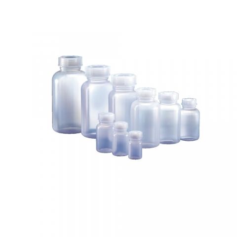 Műanyag átlátszó palack